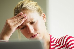 stressed-woman-on-computer