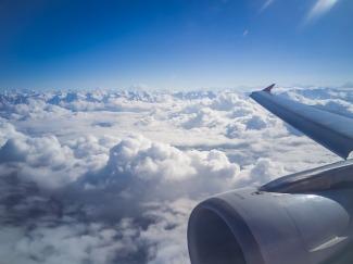 plane-2152402_640